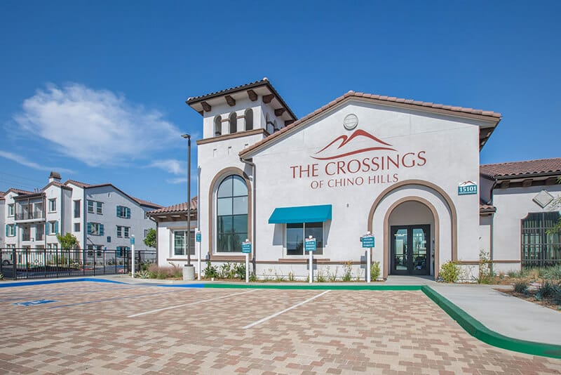 The Crossings of Chino Hills wide main entrance